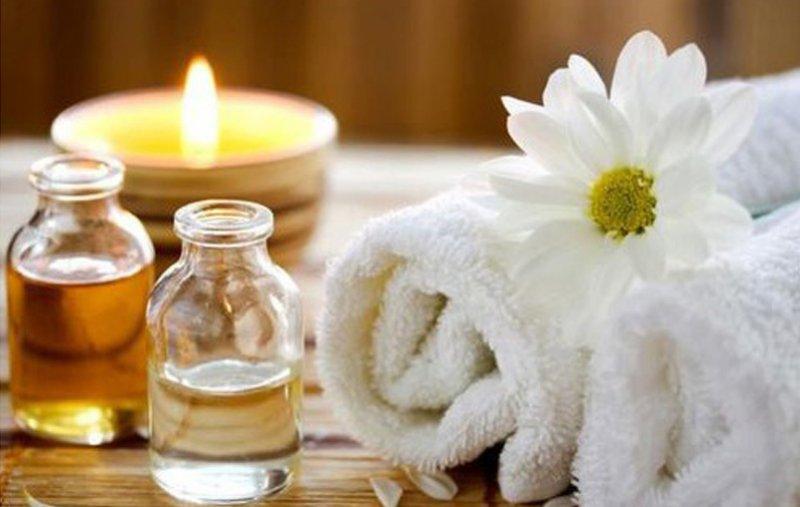 Kurz intímnej masáže pre ženy a mužov – masáž jóni a lingamu